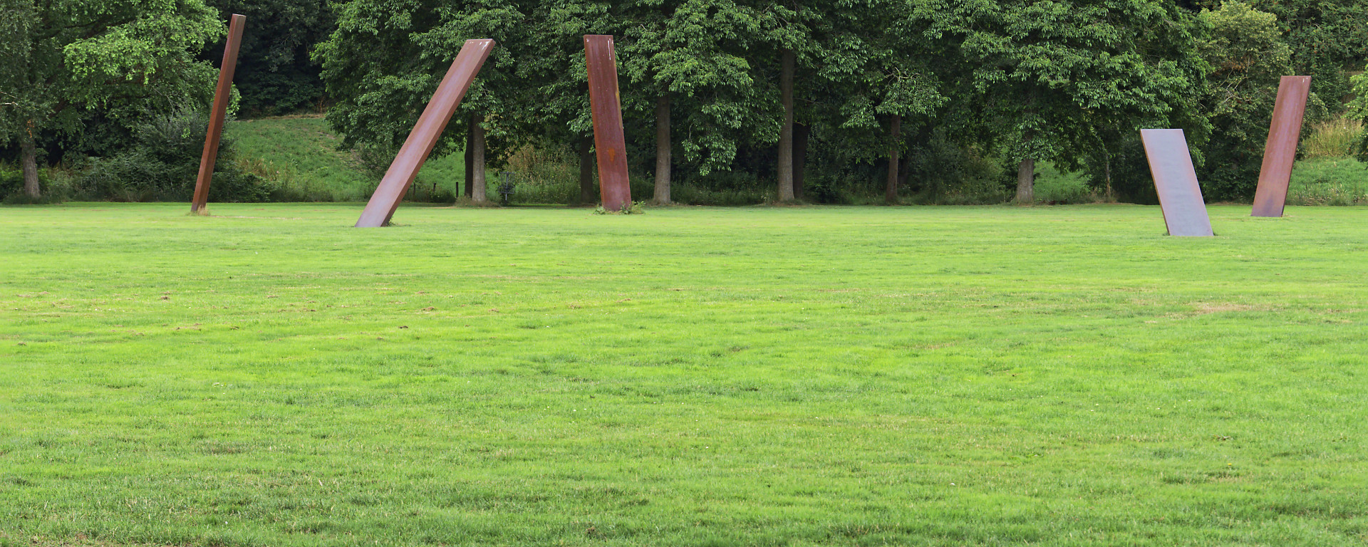 iron henge, kunst in stadspark